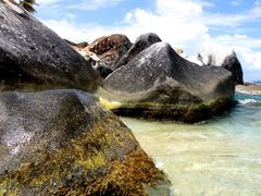 ? Isla Virgen Gorda by <b>?wwwpato?</b> ( a Panoramio image )