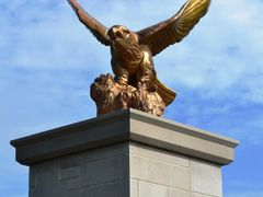 The Giant Brass Eagle by <b>uclynch</b> ( a Panoramio image )