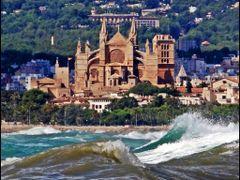 La Seu Cathedral - Palma de Mallorca - Balearic Islands - Spain  by <b>Stathis Chionidis</b> ( a Panoramio image )