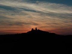 zapad nad Troskami - Cesky raj by <b>Rodrich</b> ( a Panoramio image )