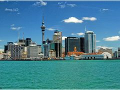 Auckland Skyline by <b>Isenacher</b> ( a Panoramio image )