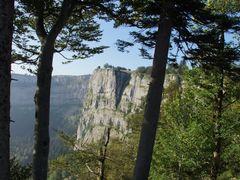 Creux du Van by <b>Ryttigampfa.ch</b> ( a Panoramio image )