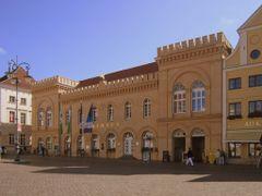 Schweriner Rathaus / City hall Schwerin by <b>willytown</b> ( a Panoramio image )