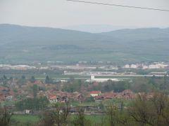 Pogled na Niski aerodrom sa Ledene Stene. Srbija by <b>bojan_cvele</b> ( a Panoramio image )
