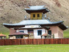 Cycle in Mongolia: little temple by <b>jlguo</b> ( a Panoramio image )