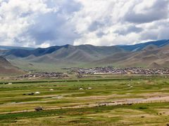 Cycle in Mongolia: Ulliastai valley by <b>jlguo</b> ( a Panoramio image )