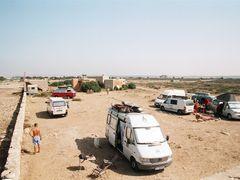 Camping at Sidi Kaouki 2 by <b>petinko</b> ( a Panoramio image )