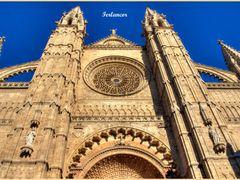 Hermosa  catedral (f) Para  **Filippo  Bilotti** by <b>Ferlancor Pano Yes</b> ( a Panoramio image )