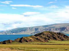 Cycle in Mongolia: small hill beside the lake by <b>jlguo</b> ( a Panoramio image )