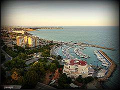 <<Campoamor con su puerto deportivo>> (Playas de Orihuela) Enlar by <b>Pasapa</b> ( a Panoramio image )