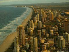 Surfers Paradise Australia by <b>Rainer2</b> ( a Panoramio image )