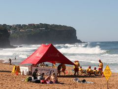 Dangerous Surf: Closed Beach: Watchful Lifeguards by <b>Ian Stehbens</b> ( a Panoramio image )