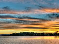 Streaky Sunset - Wangi Wangi by <b>sunnypicsoz.com</b> ( a Panoramio image )