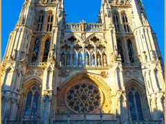 A sunny  summer  evening  over  Burgos  Cathedral (f). by <b>Ferlancor Pano Yes</b> ( a Panoramio image )