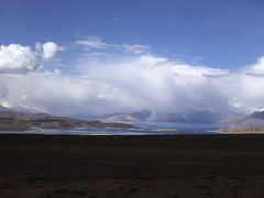 Cloudy Karakul Lake, Overview by <b>integralpanther</b> ( a Panoramio image )