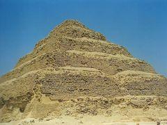 Piramide escalonada de Saqqara, la mas antigua de Egipto. by <b>Maria Fernando</b> ( a Panoramio image )