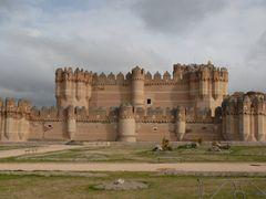Castillo de Coca by <b>Enrique Fernandez Marcote</b> ( a Panoramio image )