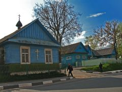 The Orthodox church at wooden houses in Smaliavi?y by <b>Andrej Ku?nie?yk</b> ( a Panoramio image )