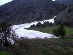 Abshir, spring, avalanche by <b>igor_alay</b> ( a Panoramio image )