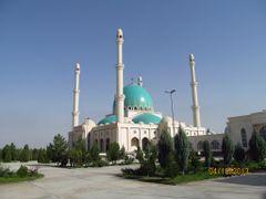 Saparmurat Hajji Mosque by <b>Anuar T</b> ( a Panoramio image )