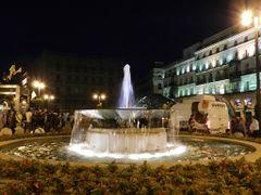 """""""Fuente en la Puerta del Sol"""" Para Carmen T. by <b>©Chaydee</b> ( a Panoramio image )"""