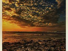 B A L I    S u n s e t by <b>Tiffany Liem</b> ( a Panoramio image )